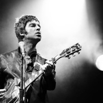 Honeyview_noel-gallagher-wallpaper-hd-live